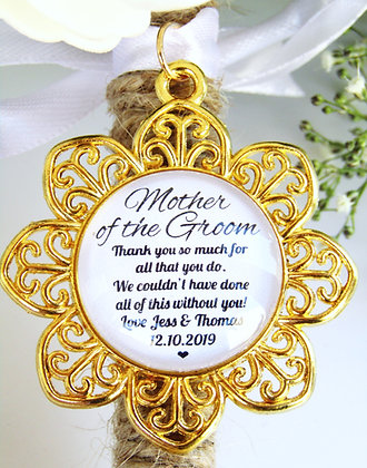 Mother Of The Groom  'Thank You' Bouquet Charm Gold Flower Surround