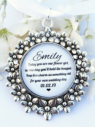 Flower Girl 'Hold the Bouquet' Bouquet Charm Flower Surround