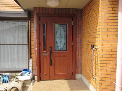 玄関ドアカバー工法後