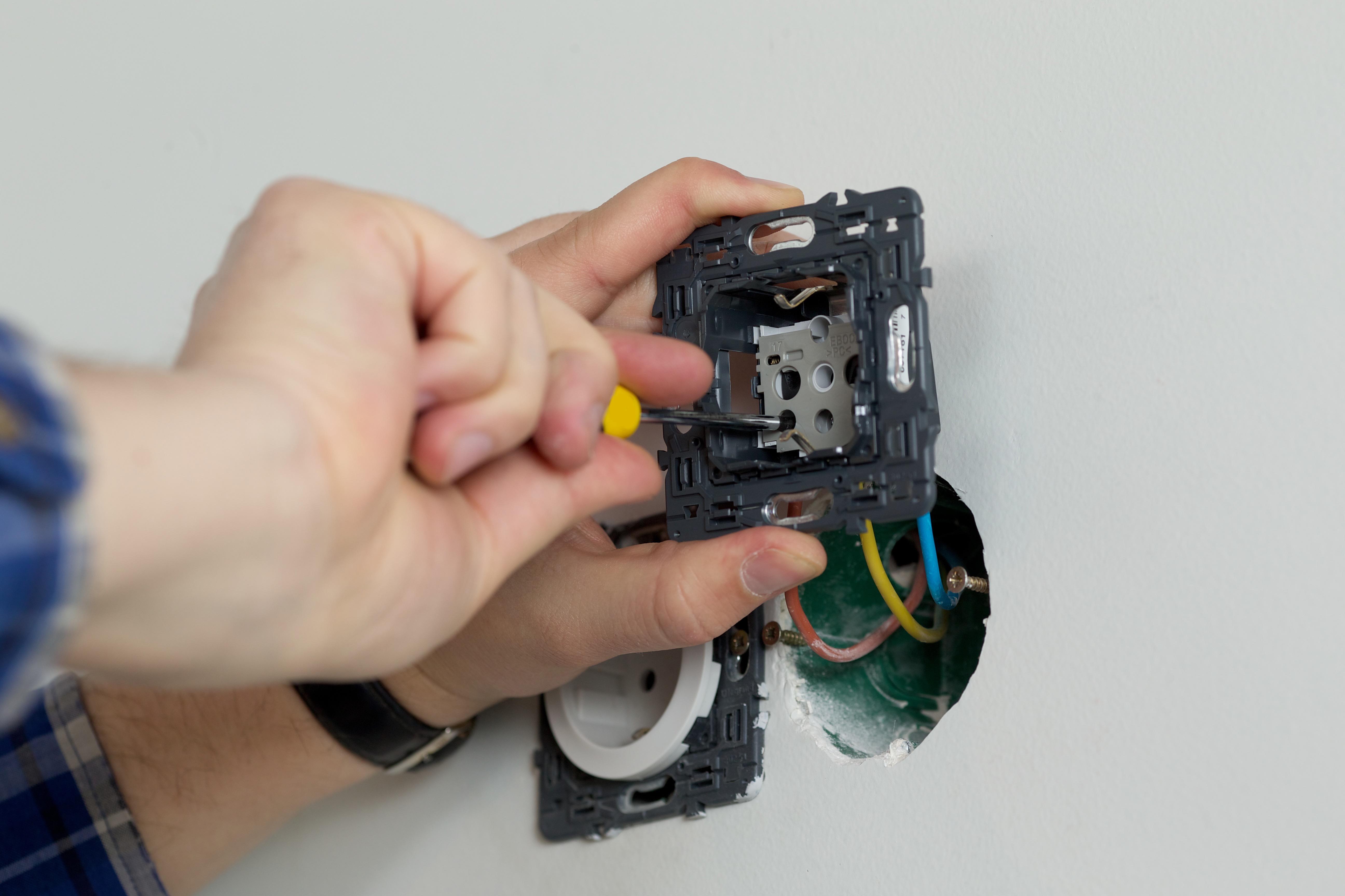 一般電気工事・増設・修理