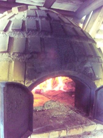 本格石窯焼き