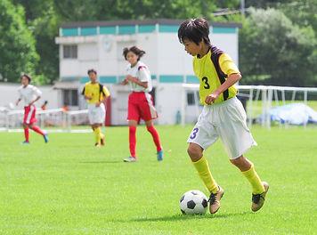 スポーツをする子ども