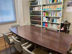 板野法律事務所会議室