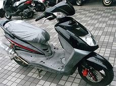 シグナスXSR125ブラック