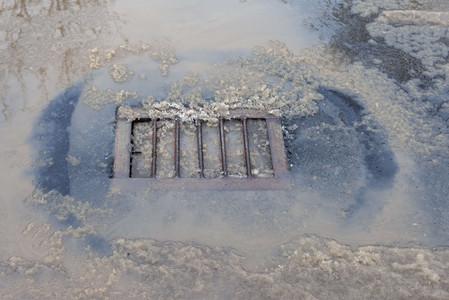 排水溝つまり