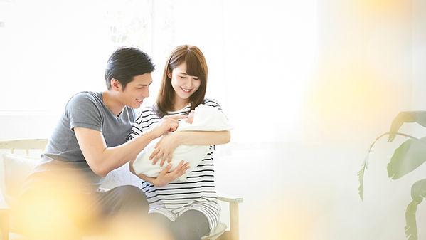 あらきクリニック 夫婦と赤ちゃん