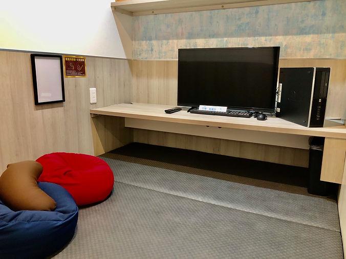 道玄坂ネットルーム1.st室内