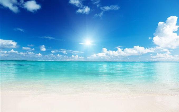 砂浜と太陽.jpg
