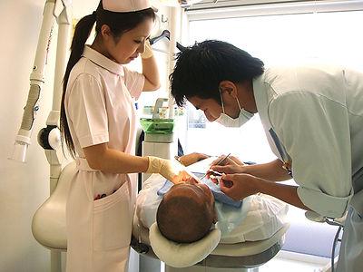 康生歯科医院治療風景