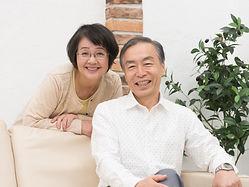 笑顔の夫婦.jpg