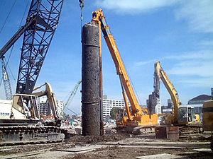 地中障害物の除去工事