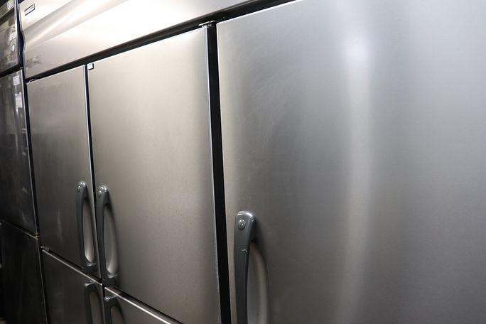 業務用冷凍機