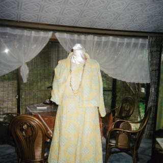 黄色い洋服