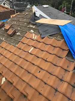 屋根の葺き替え(前)