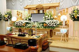 きずなホール真庭-祭壇