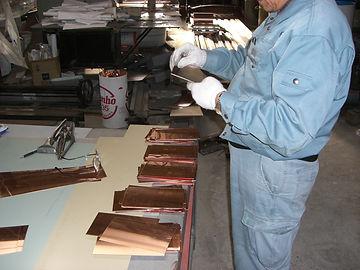銅板加工作業