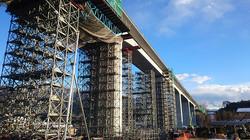 b29e8f1d30cc69bd9280bdd45c3a5e52_m高架橋工事S