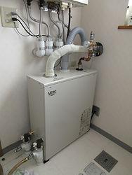 9-4温水暖房機