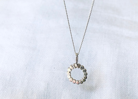 Sterling silver pendant on 42 or 45cm fine chain