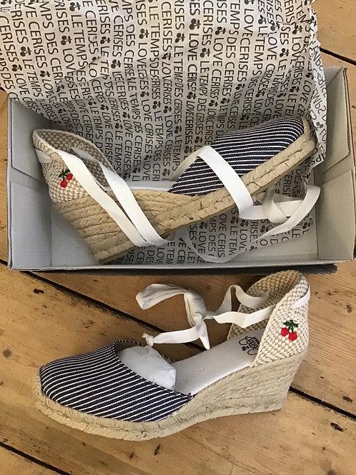 LE TEMPS DES CERISES sandals