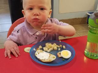 Kanapki with Egg & Veggies