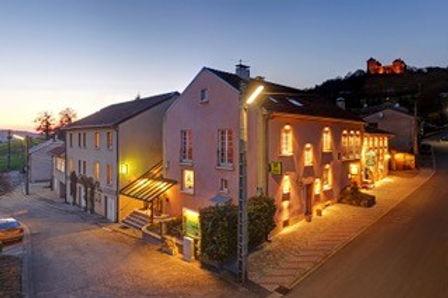 MANDEREN_hotel_restaurant.jpg