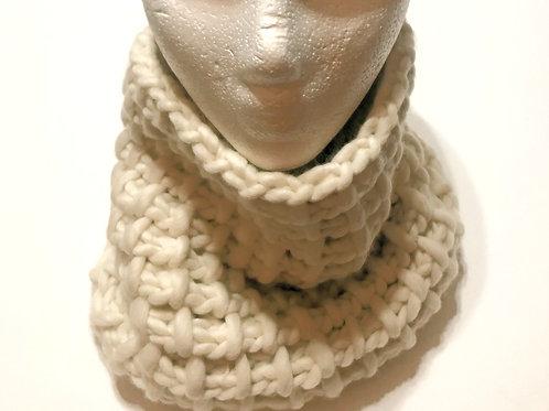 Merino Wool Handknit Chunky Cowl - Cream