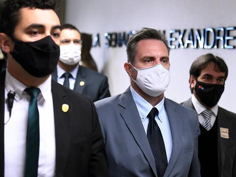 Luis Miranda deve apresentar a CPI documento pedindo prisão de Dominguetti