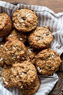 super_healthy_banana_oatmeal_muffins7-e1
