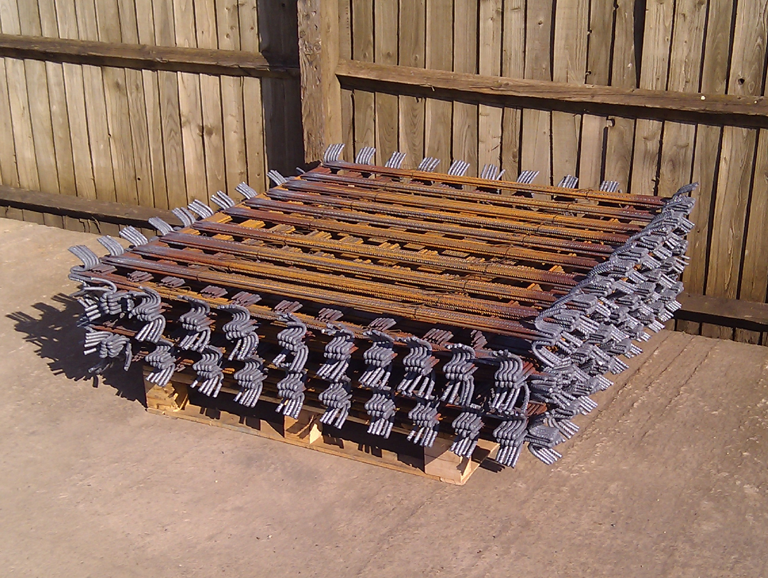 Full Pallet (1100No) H10mm Fencing Pins