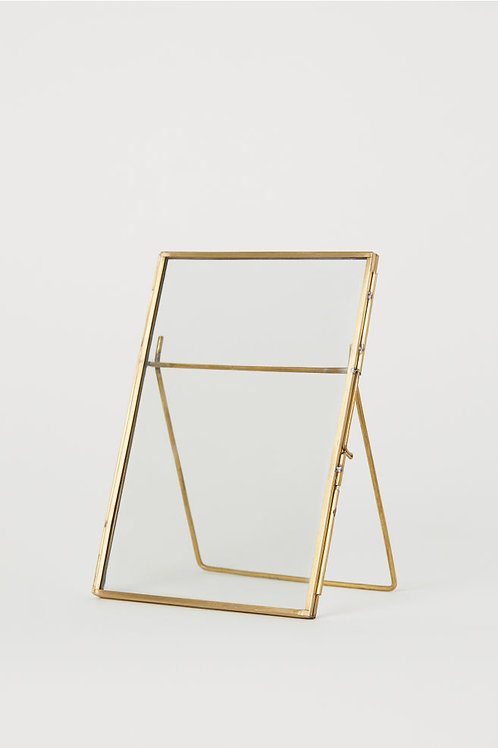 Gold Locket Clasp *Pressing Glass* Frame / Table Number / Signage