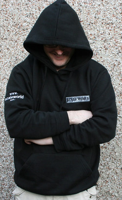 Hoodie in black