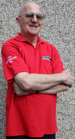 Polo shirt in red