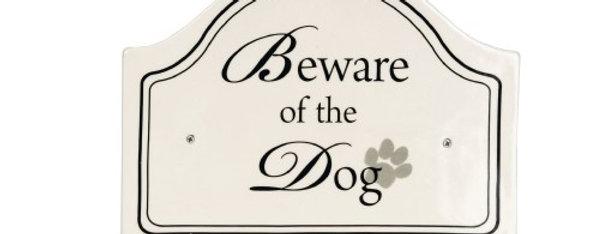 "Skilt ""Beware the dog"""