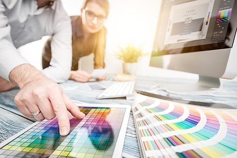 Graphic-designer-at-work.-Color-samples.