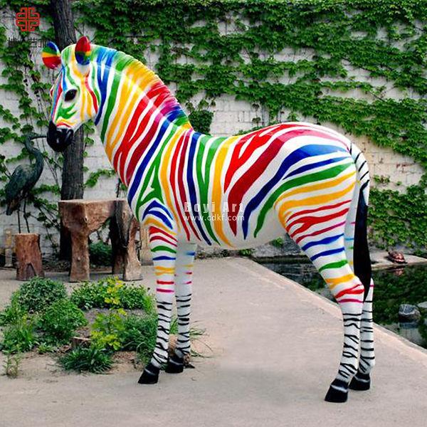Fiberglass-Life-size-Horse-for-Amusement