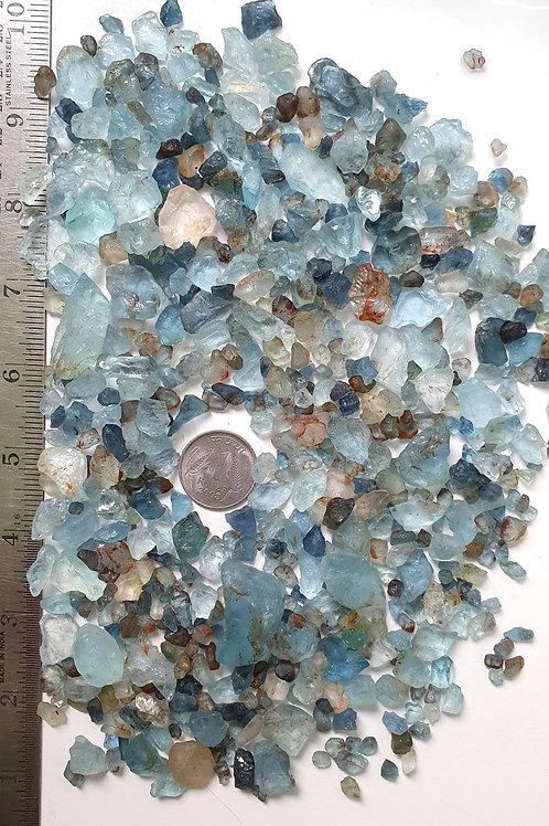 High Grade Natural Aquamarine Raw Material Aquamarine Fine Rough Gemstone