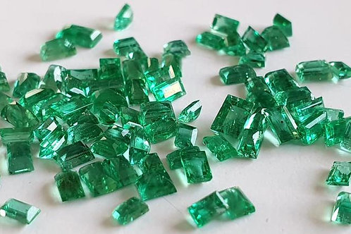 Emerald Baguette Shape Natural Gemstone suitable for rings / pendants