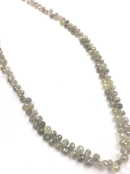 White Diamond Drops Beads 12 Inches 2.5 To 3x3.5 mm Approx 41.85 Carats 1 Strand