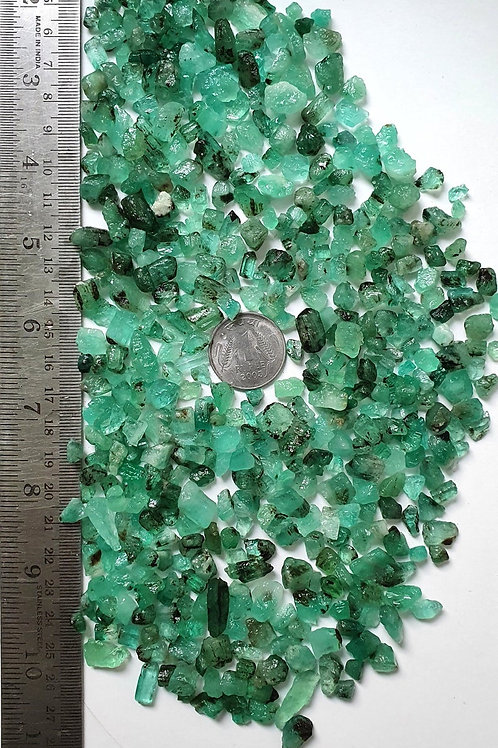 High Grade Natural Emerald Raw Material Emerald Fine Rough Gemstone For Jewelry