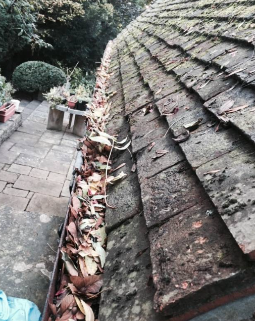 Gutter clearing Maidenhead