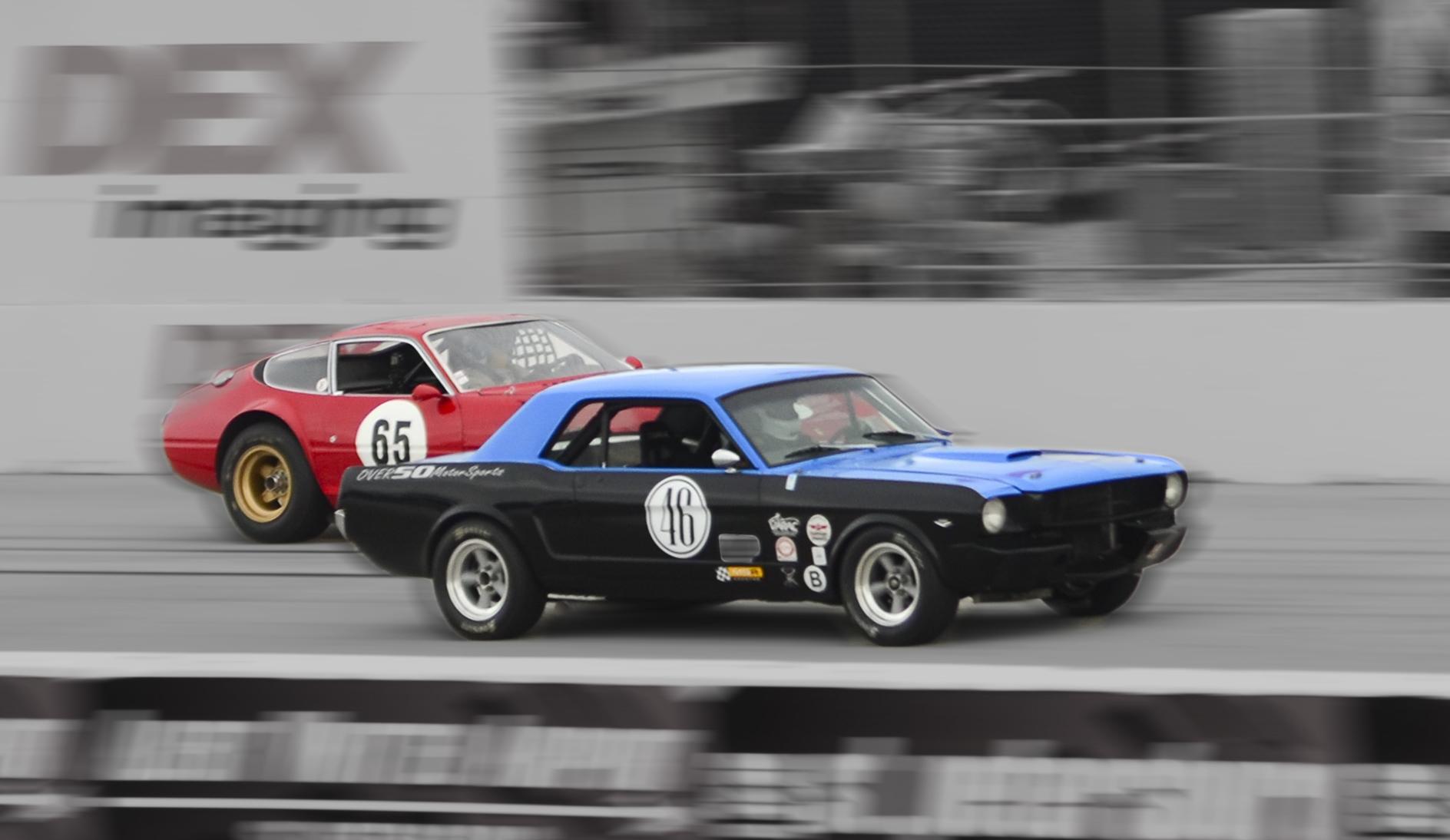 Mustang Ferrari Race