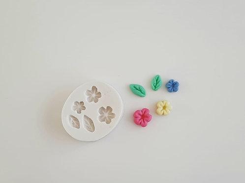 Mini flores e folhas