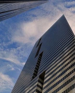 skyscraper-3302027_640.jpg