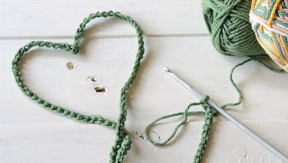 Crochet%20Heart%20Symbol%20and%20Crochet