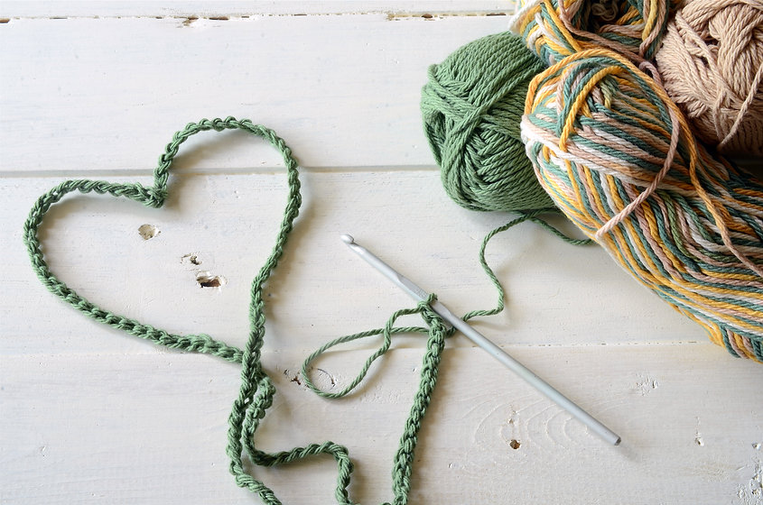 Crochet Heart Symbol and Crochet Yarn.jp