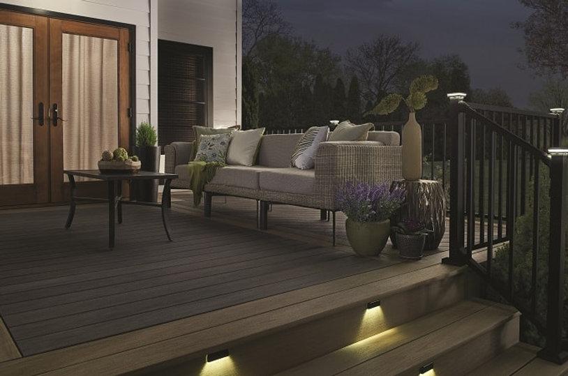 wolf-serenity-walnut-lighting-railing-bl