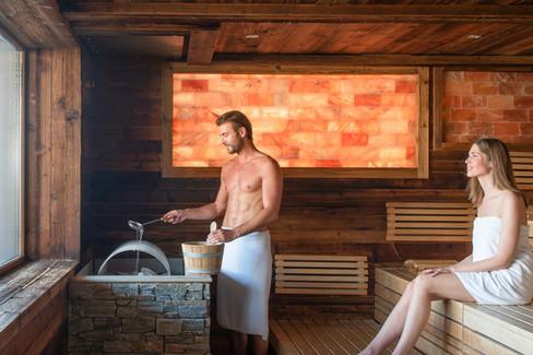 panoramasauna-larimar-saunawelt-scaled.j