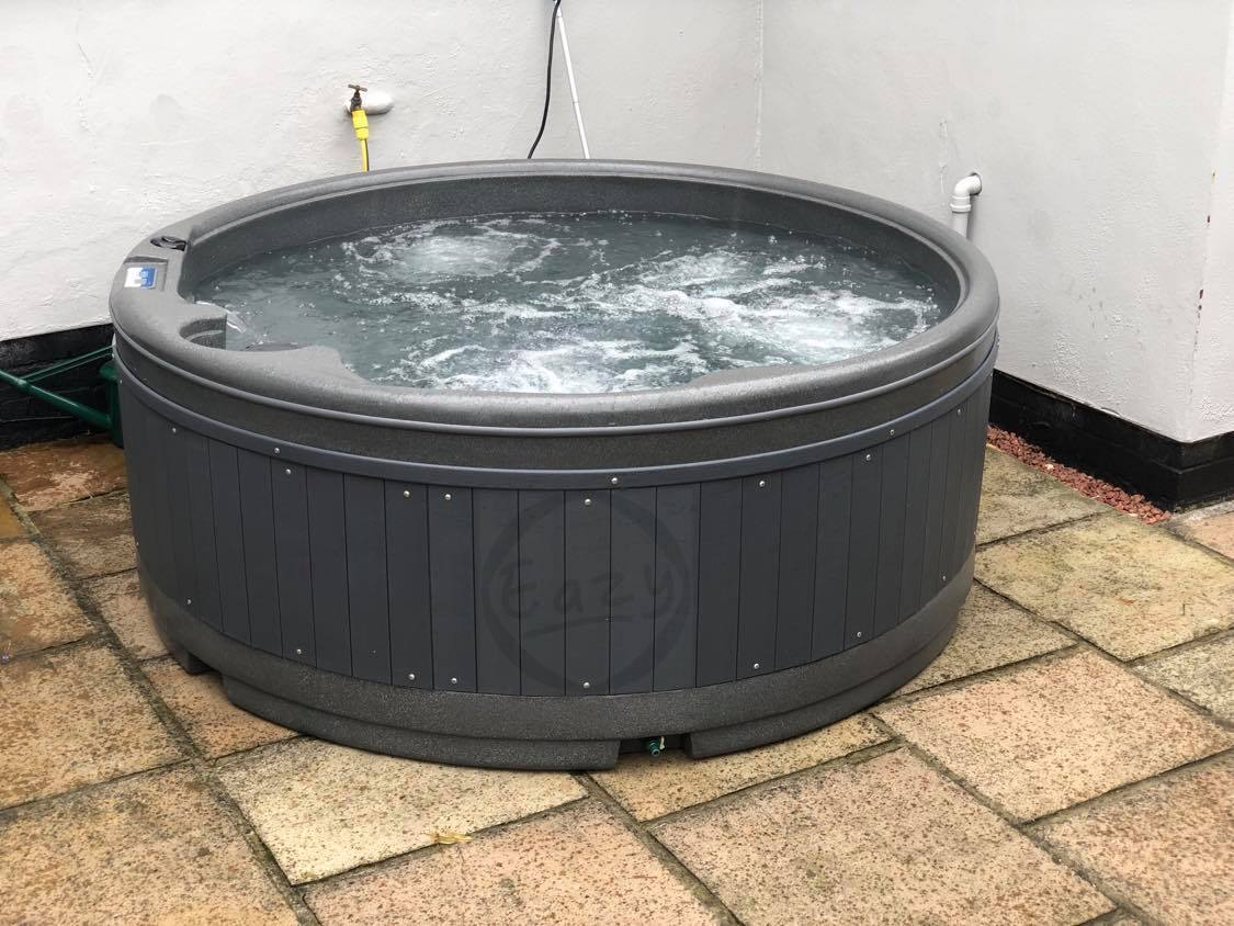 Rotospa Orbis Eazy Hot Tub Hire Yorkshire hot tub rotherham Sheffield Barnsley Doncaster Wakefield