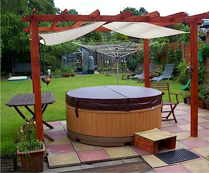 eazy hot tub long term hire rotospa orbis garden party hot tub disco lights barnsley rotherham sheffiled doncaster wath wakefield rotospa pontefract yorkshire south solid hot tub weekend lease brown